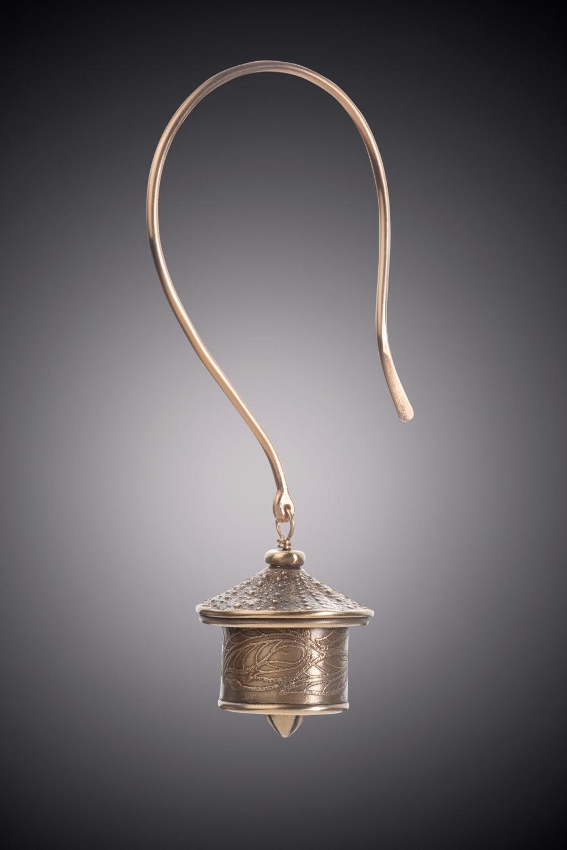NISA Jewelry Bronze Urchin Bell